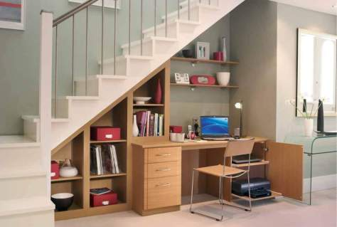 Spacious-Under-Stairs-Home-Office (1)