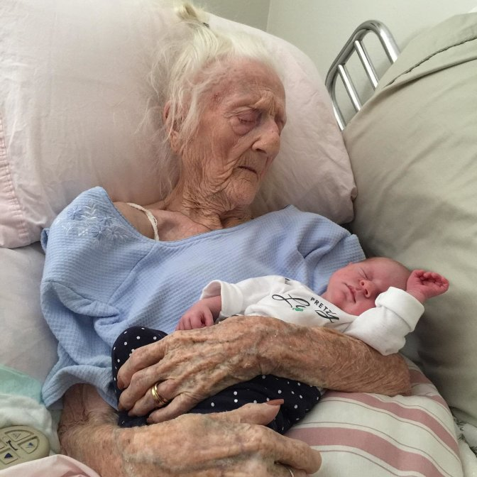 102-YEAR-OLD WOMAN GIVES BIRTH AFTER SUCCESSFUL OVARY TRANSPLANT