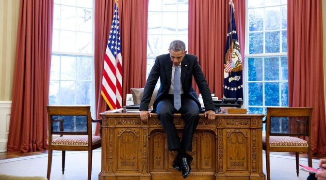 Obama's Photographer Presents His Last Year In Review – BBC