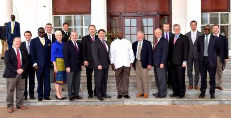 us-senators-and-museveni-2