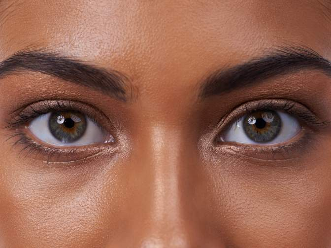8 Natural Home Remedies For Achieving Sparkling & Beautiful Eyes